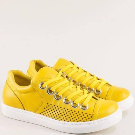 Жълти дамски кецове от естествена кожа с перфорация s72j