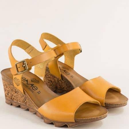 Дамски сандали на клин ходило от корк в жълт цвят - TAKE ME t206j