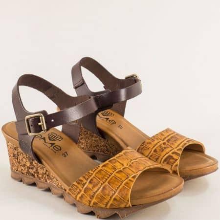 Дамски сандали в кафяво и жълто с кроко принт- TAKEME t206kj