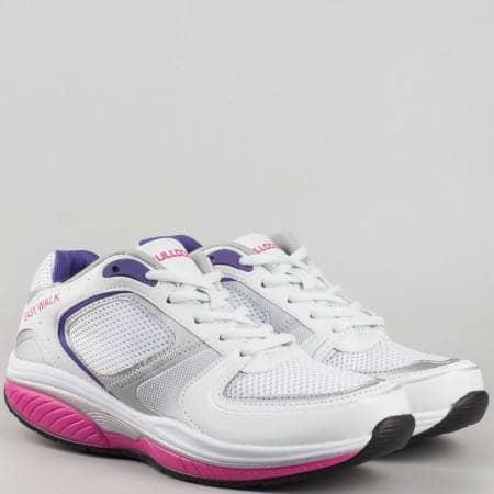 Спортни обувки с връзки в бяло и розово- дамски v61239-40b