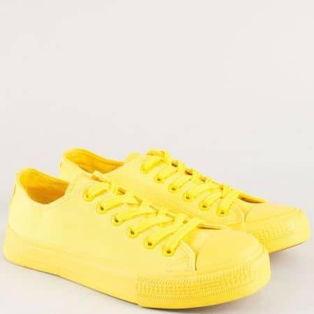 Равни дамски кецове с връзки в жълт цвят- Bulldozer v72301-40j