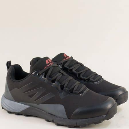 Спортни мъжки обувки с връзки в сиво и черно v92017-45chsv