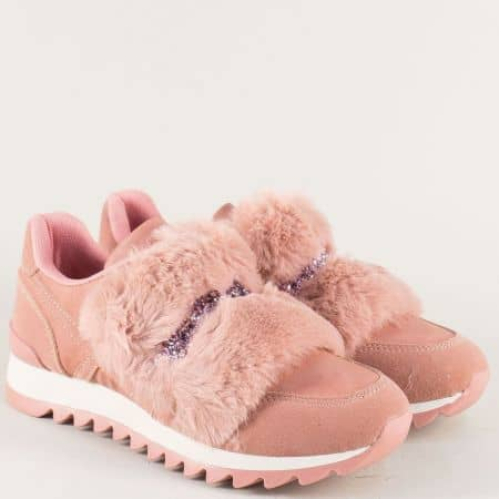 Дамски маратонки с пухчета и блясък в розов цвят ykq6rz