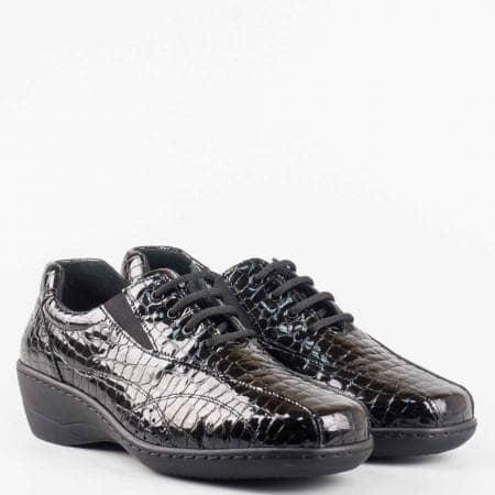 Eжедневна дамска обувка с два ластика и връзки от естествен лак с кроко принт z1118klch