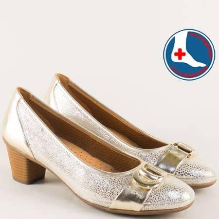 Златисти дамски обувки от естествена кожа на среден ток z173010zl