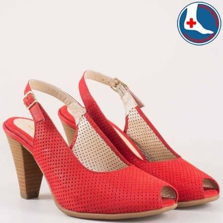 Дамски анатомични сандали на висок ток в червен цвят- Naturelle от перфорирана естествена кожа  z68080chv