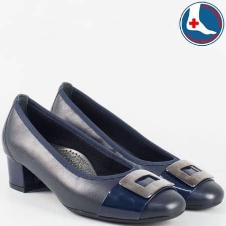 Дамски анатомични обувки от синя естествена кожа и лак- Naturelle на среден ток z70990s