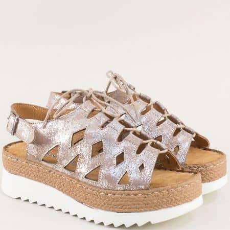 Бежови дамски сандали на платформа с велурена стелка zathenabj