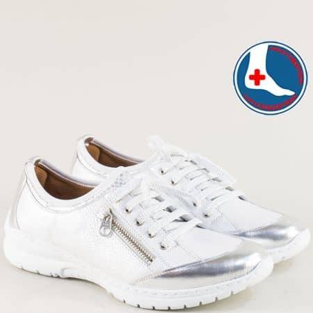 Кожени дамски маратонки в бяло и сребро с връзки zbellabsr1