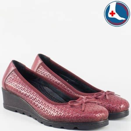 Дамски обувки на платформа- Naturelle от естествена кожа в цвят бордо zk01bd