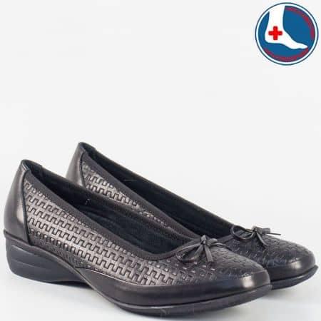 Ежедневни дамски обувки в черно Naturelle zk02ch