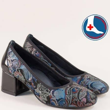 Дамски обувки на среден ток в синьо, черно и бордо zlilasps